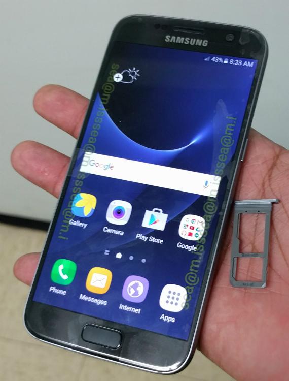 Samsung-Galaxy-S7-01-570