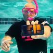 s7-underwater-unboxing-110