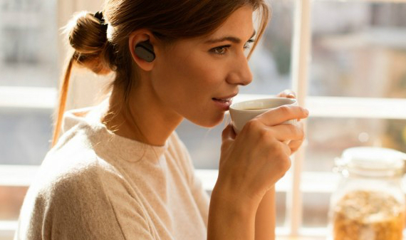 sony-xperia-ear-01-570