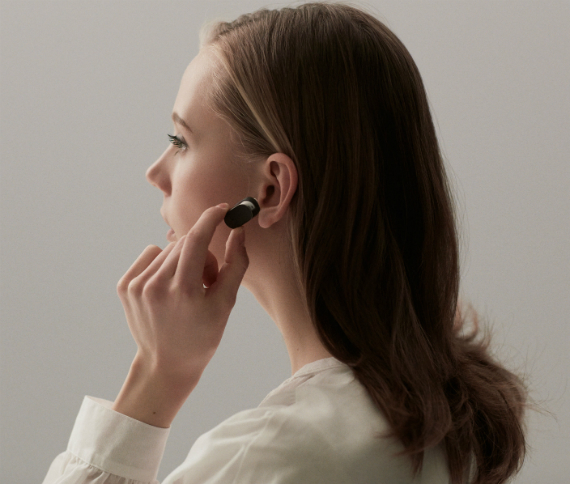 sony-xperia-ear-02-570