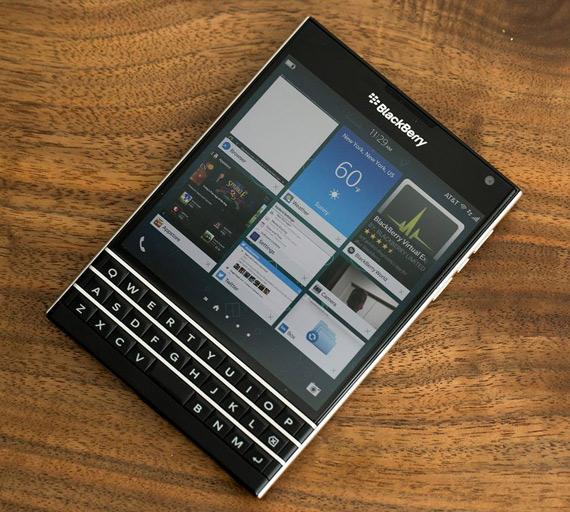blackberry passport facebook