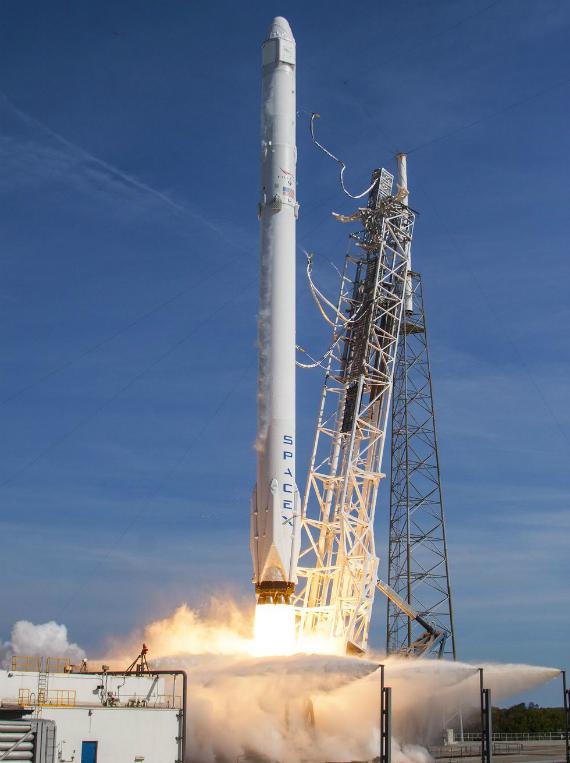 spacex-falcon-9-landing-03-570
