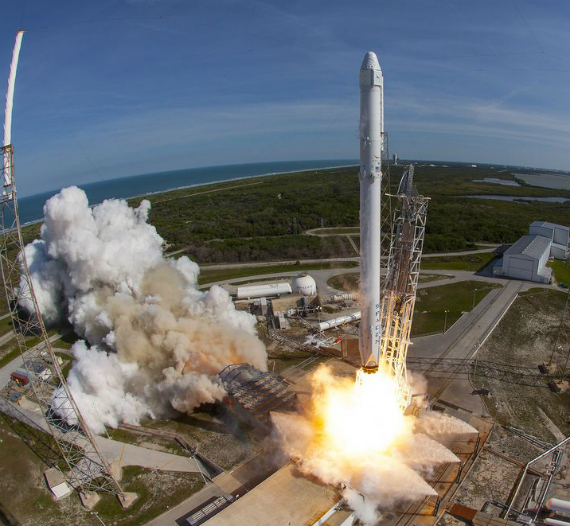 spacex-falcon-9-landing-04-570