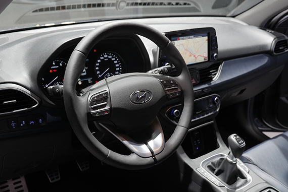 Hyundai i30 Wagon interior GimSwiss 2017