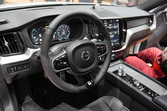 Volvo XC60 interior GimSwiss 2017 Geneve
