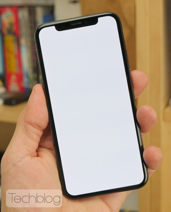 iPhone X hands-on Techblog