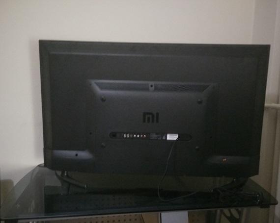 Xiaomi Mi TV 4A back