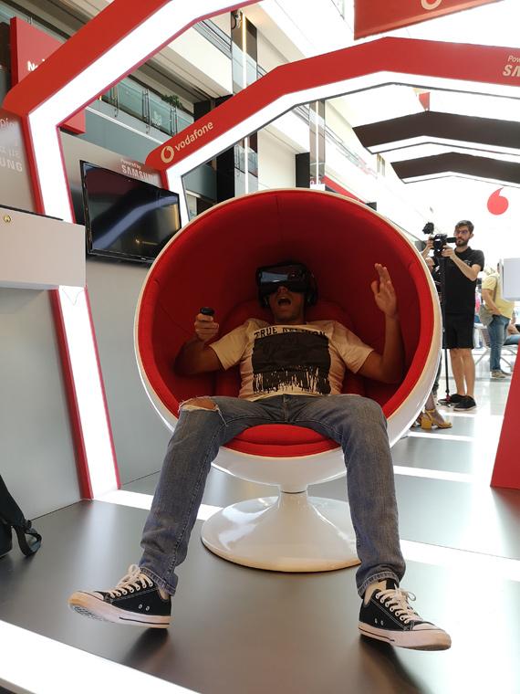 Η Vodafone δημιούργησε το πρώτο Virtual Reality κατάστημα στην Ελλάδα