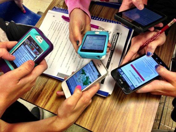 smartphones school
