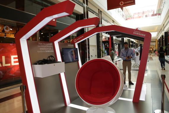 Το πρώτο Vodafone Virtual Reality κατάστημα powered by Samsung επιστρέφει στην Αθηνά