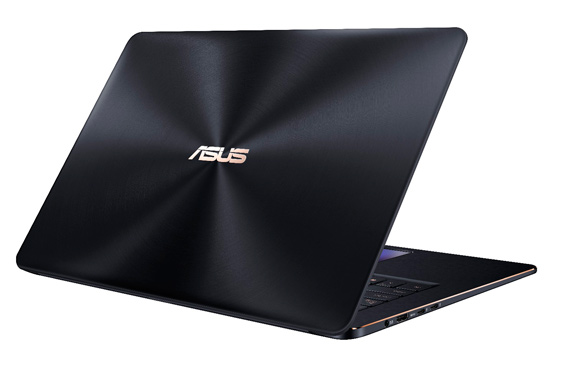 ZenBook-Pro-15_UX580_Product-Photo_1C_Deep-Dive-Blue_09