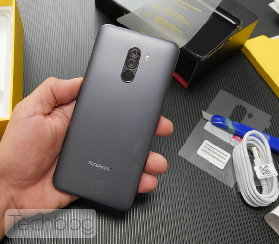 Xiaomi Pocophone F1 ελληνικό unboxing video