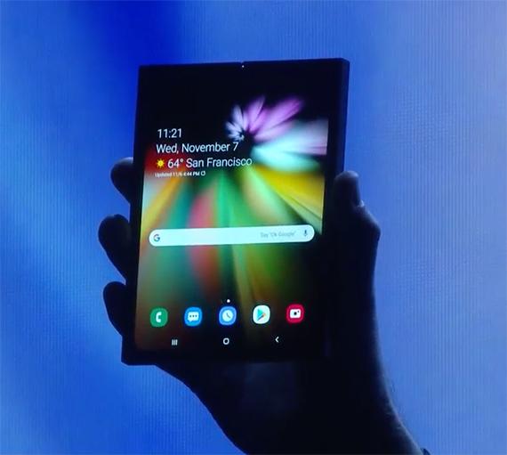samsung foldable smartphone1