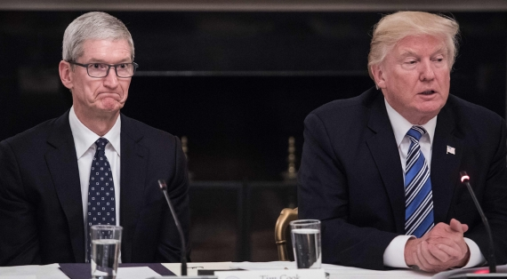 Trump pushes Cook for Apple 570px