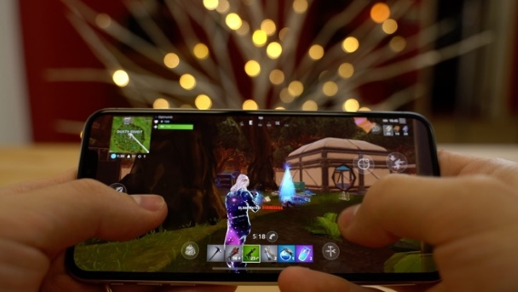 fortnite on iphone 570px