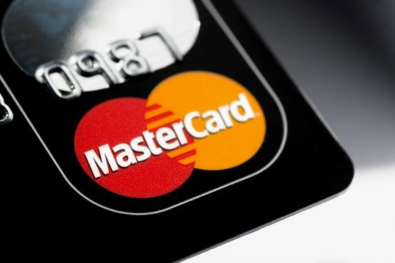 Η Mastercard βάζει τέλος στις αυτόματες χρεώσεις, μετά την λήξη των δωρεάν δοκιμών