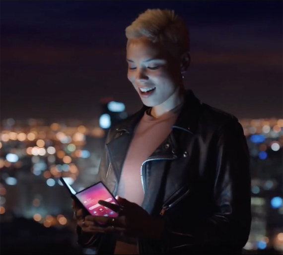 Samsung-Galaxy-X-concept-foldable-smartphones-4
