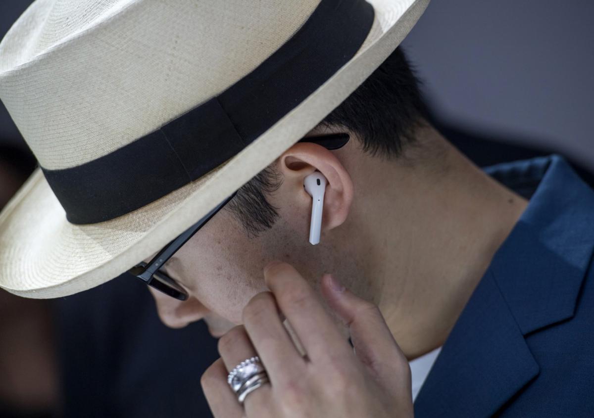Apple AirPods: Πουλήθηκαν 35 εκ. το 2018 αλλά όχι γιατί έχουν καλή ποιότητα ήχου