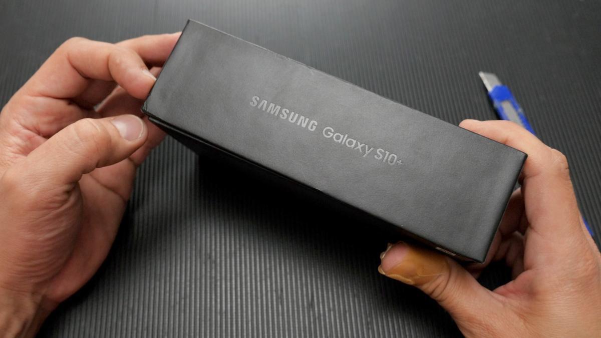 Samsung Galaxy S10+ ελληνικό unboxing video με το Μαγικό Κοπίδι