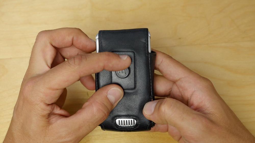 Motorola RAZR V3: Retro hands-on video από το Techblog
