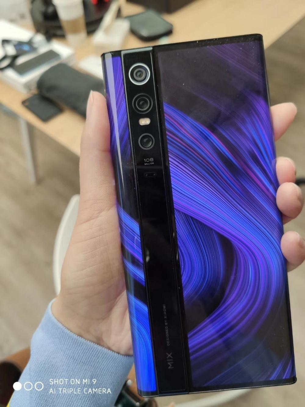 Xiaomi Mi MIX Alpha Images And Video