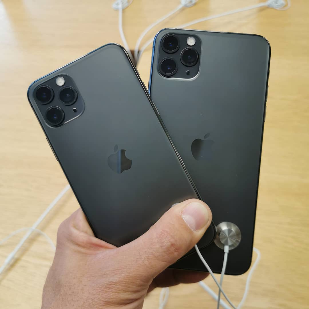 iPhone 11 Lines