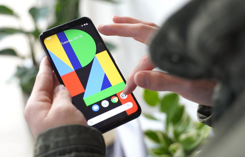Google Pixel 4 Open Eyes Update Lockdown