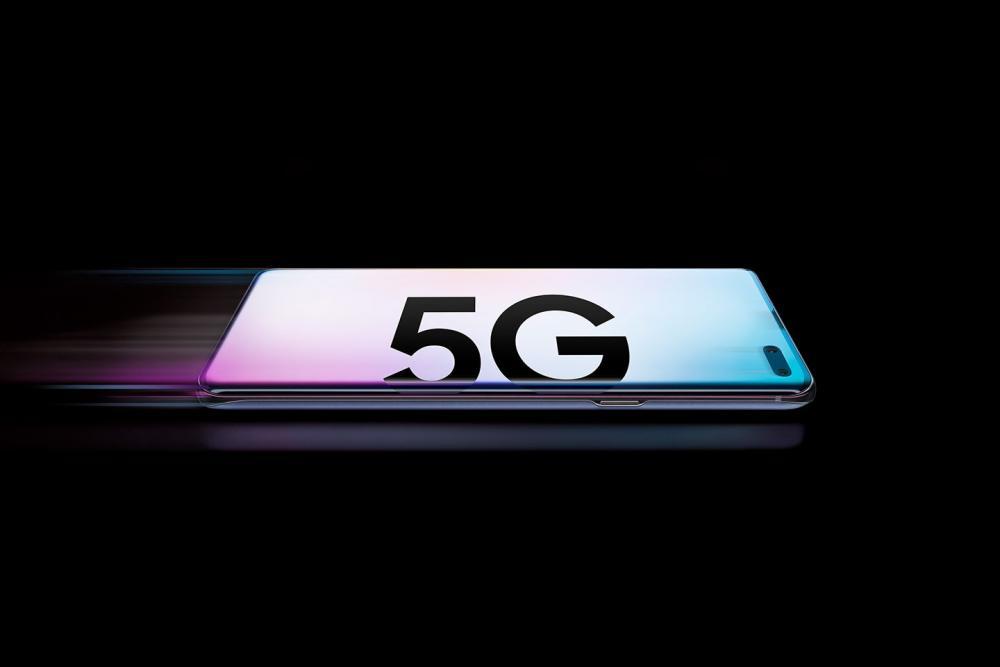 Samsung 74% global 5G smartphones