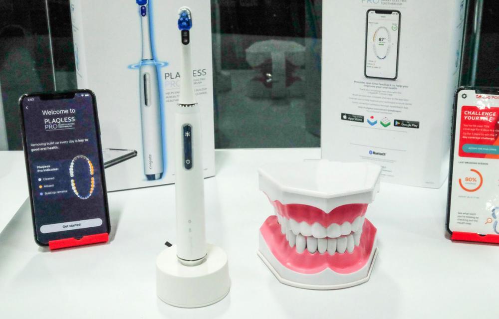 Oral-B iO Colgate Plaqless Pro CES 2020