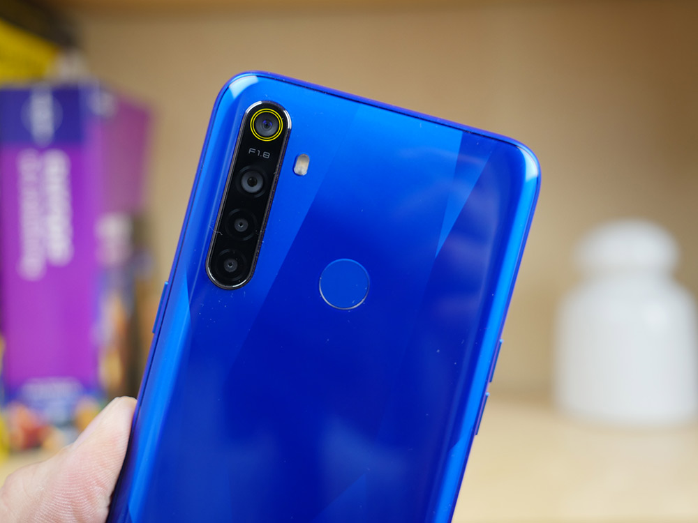 Realme 5 ελληνικό hands-on video review