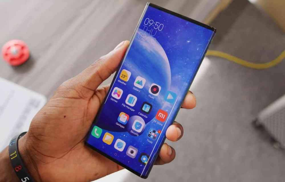 Xiaomi Mi MIX Alpha Hands-on video