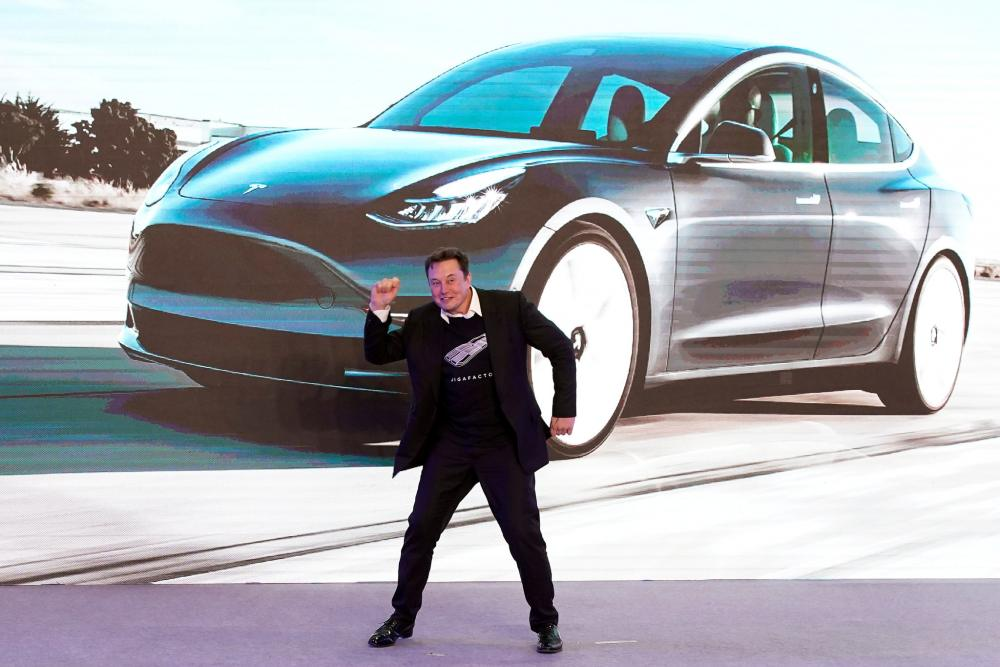 Η Tesla άγγιξε το 1 εκατομμύριο ηλεκτρικά αυτοκίνητα
