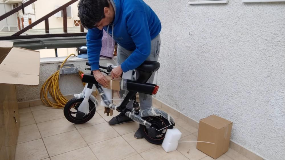 DYU V1 Electric Bike unboxing video