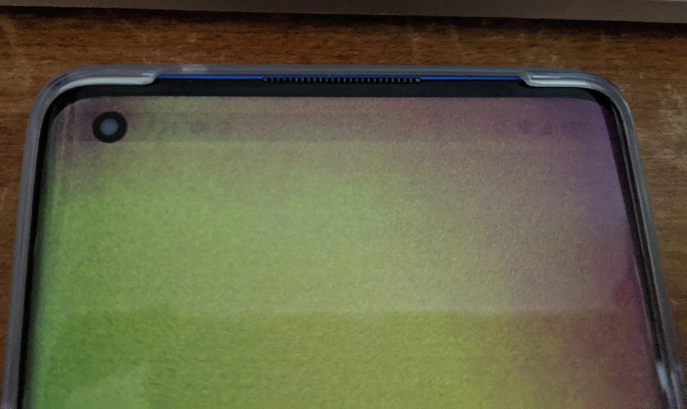 OnePlus 8 Pro green tint screen problem