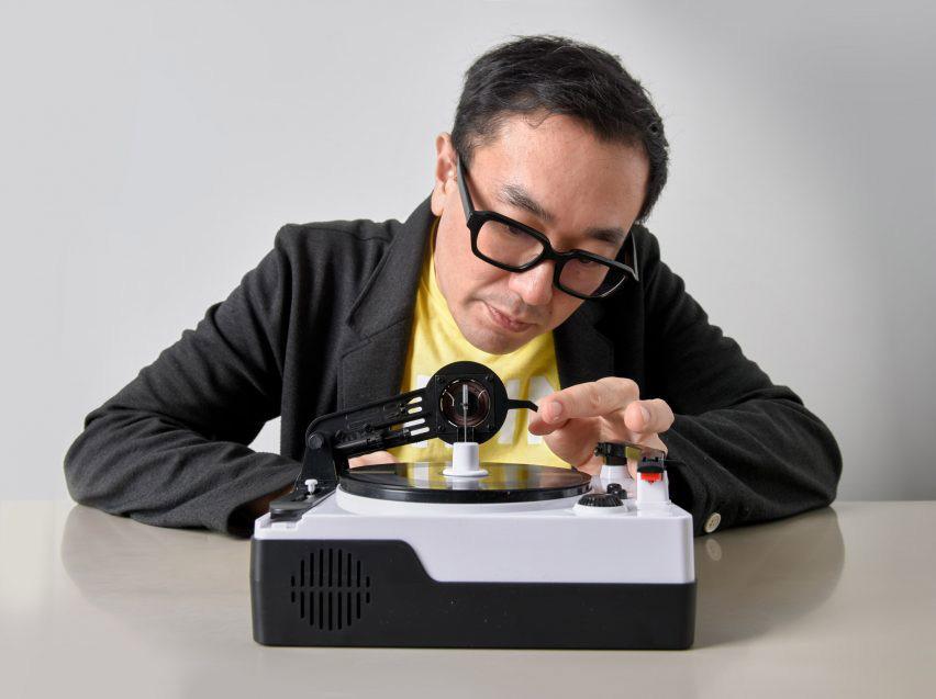 Easy Record Maker: Μικροσκοπικός εγγραφέας βινυλίου