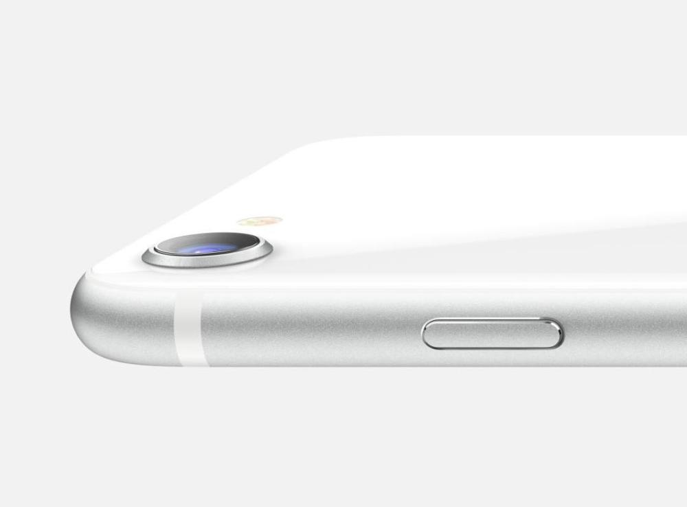 iPhone SE: Δε θα δούμε νέο μοντέλο το 2021, σύμφωνα με τον Kuo