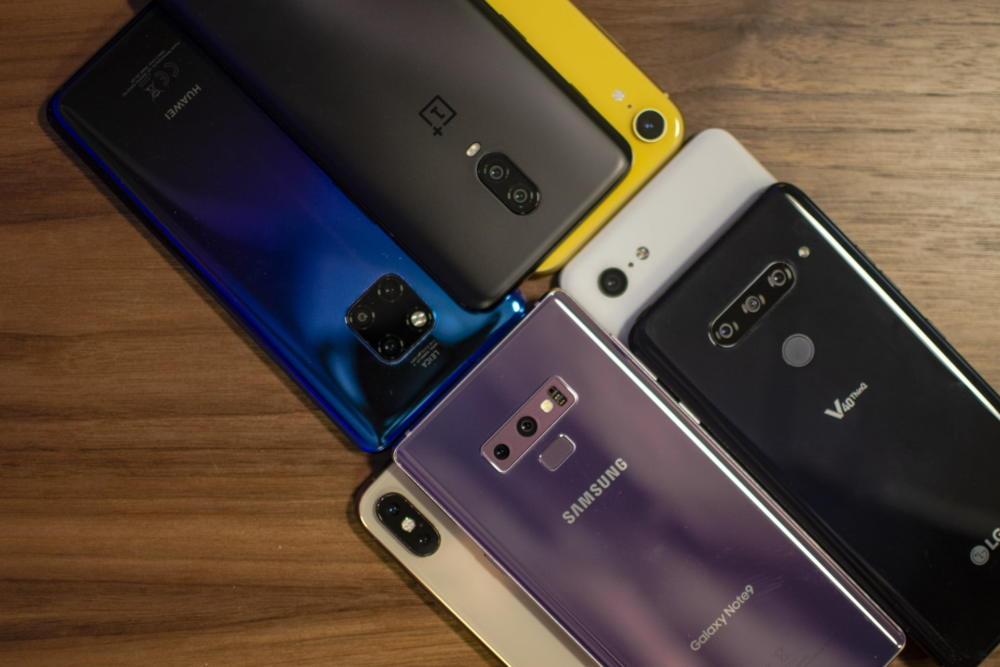 Smartphones Shipments Q1 2020