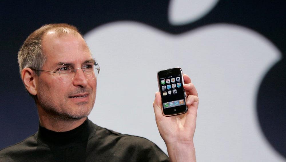 H Apple θυμάται τον Steve Jobs 10 χρόνια μετά τον θάνατό του