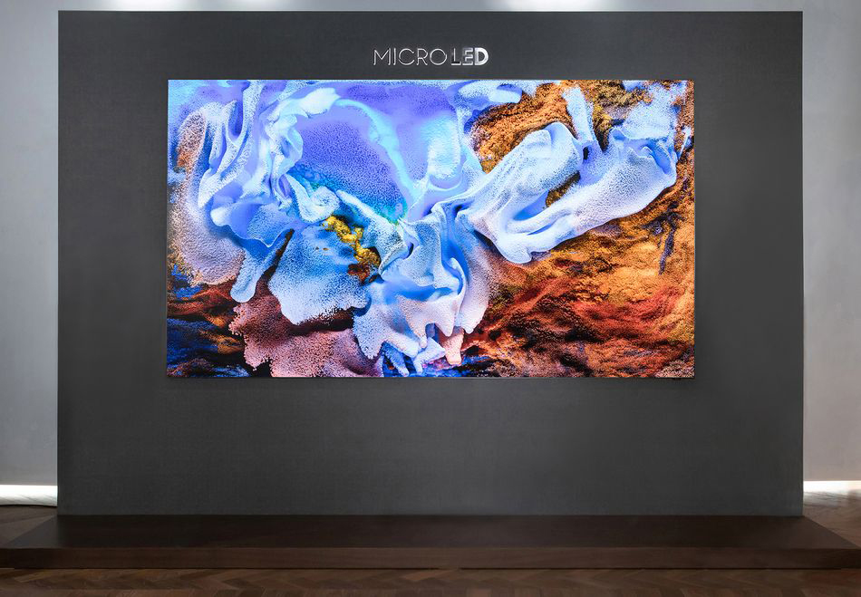 η MicroLED TV των 110 ιντσών της Samsung, δική σας με 130.000 ευρώ
