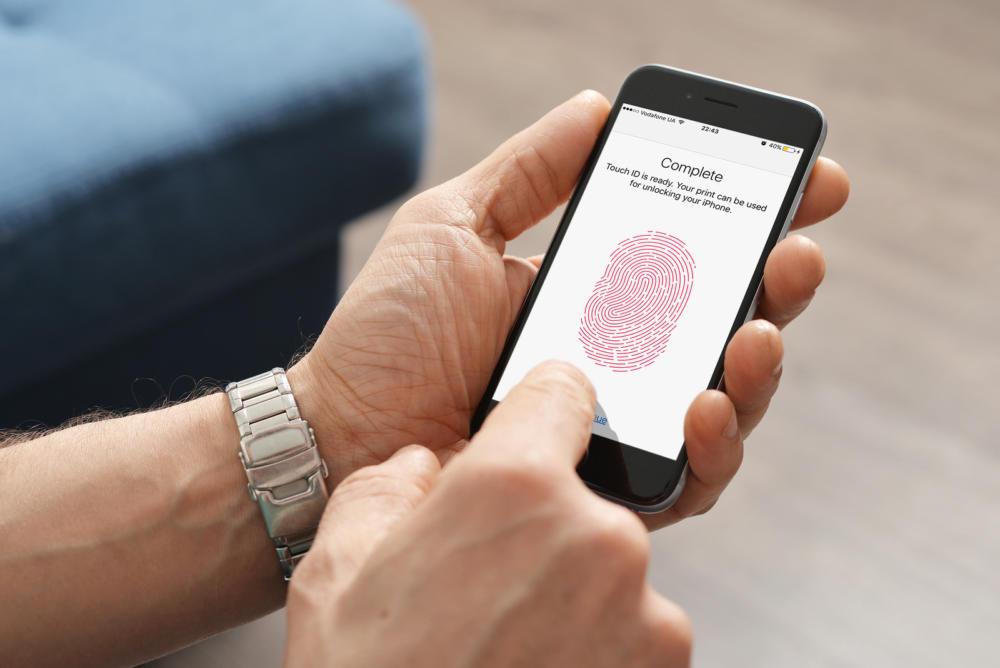 iPhone 13: Θα έρθει με Touch ID ενσωματωμένο στην οθόνη;