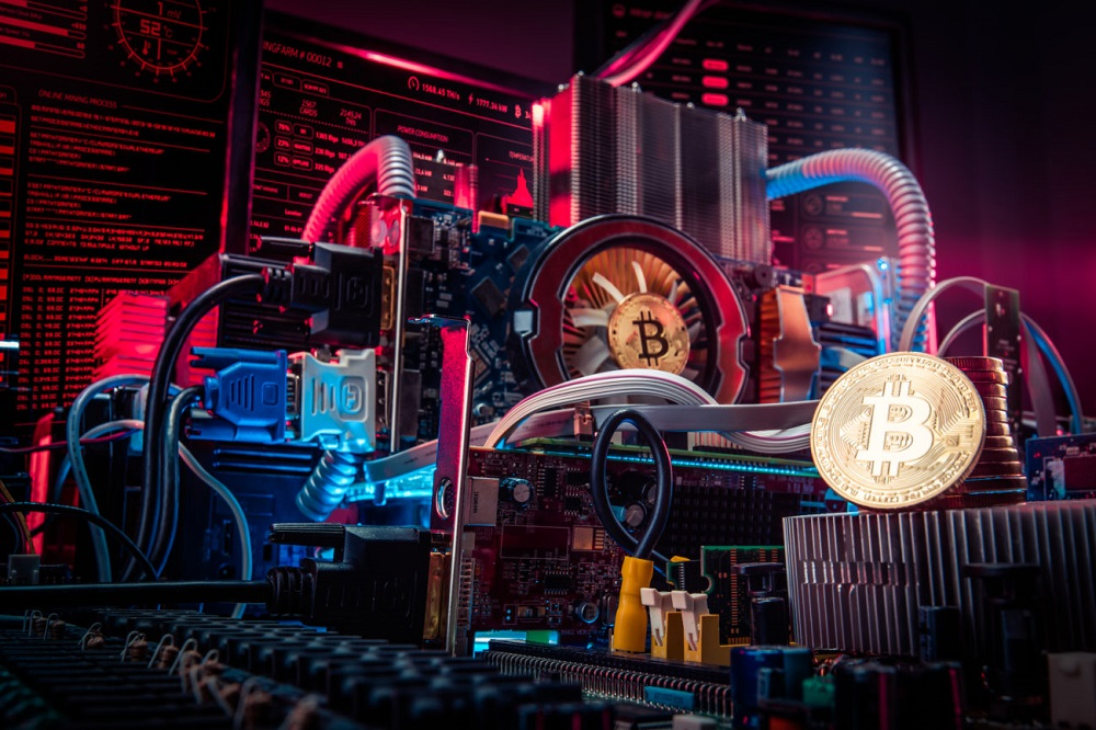 Η ανεβασμένη τιμή του Bitcoin εξαφανίζει τις GPU και επαναφέρει τα παλιά μηχανάκια για mining