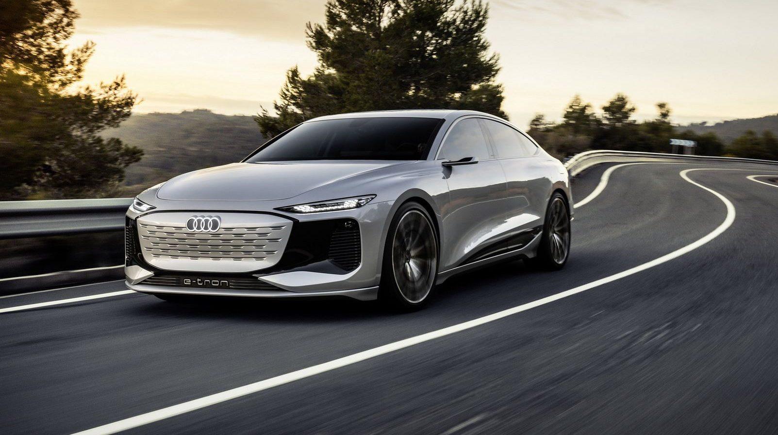 To Audi A6 e-tron έχει projectors αντί για προβολείς