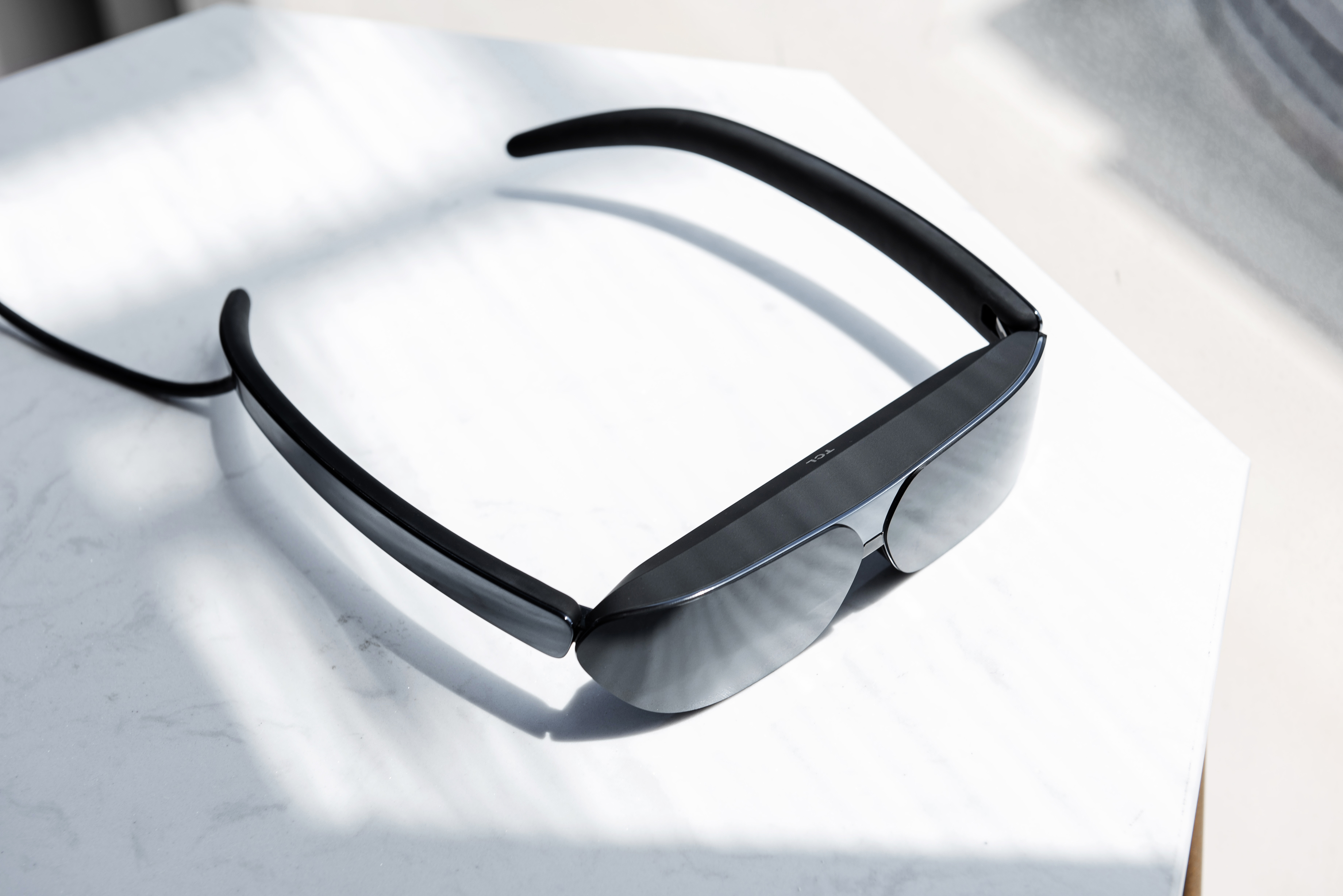 TCL NXTWEAR G Wearable Display Glasses