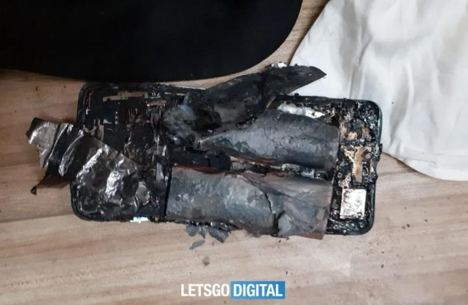 OnePlus Nord 2 5G: Εξερράγη και τραυμάτισε τον κάτοχό του